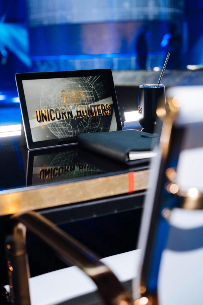 Unicorn-Hunters-set-empty-chair